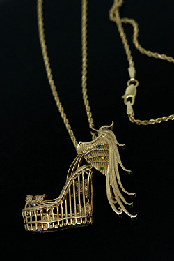 Gold shoe necklace